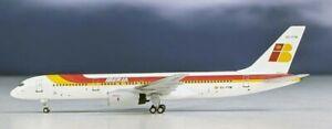 Aeroclassics AC419896 Iberia Boeing 757-200 EC-FYM Diecast 1/400 Model Airplane