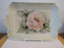 ROSE PLATE WITH DISPLAY STAND