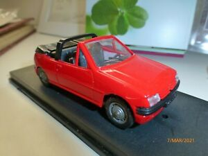 Verem 1:43 Peugeot 205 Cabrio rot 1:43 Modellauto Auto ohne OVP Plattform