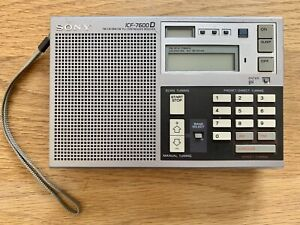 Vintage SONY ICF-7600D Synthesized Receiver, Weltempfänger, Radio