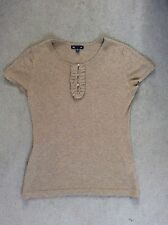 GAP- SHORT SLEEVE COTTON TOP WITH FRILL ON EITHER SIDE OF FRONT BUTTONS - S