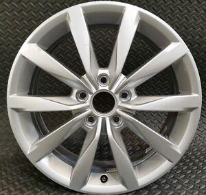 Very Good 17x6 Inch ET48 GENUINE OEM VW Dijon 5G0601025K Golf