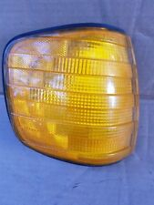 MERCEDES w126 RIGHT FRONT TURN LIGHT SIGNAL LAMP OEM SEC 380SE 500SEL 560SEL 7