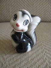 """Vintage Disney Bambi """"Flower"""" The Skunk Porcelain Figurine"""