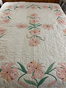 OMG Vintage Handmade Expertly Hand Quilted Appliqué Iris Quilt 78x93 full #804