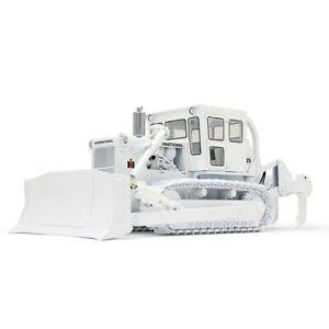 First Gear 490398 IH TD25 Dozer w/Enclosed Cab - White 1/25 Diecast MB