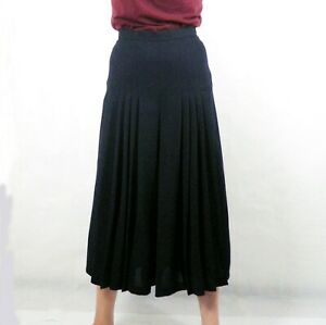 1980s BNWT Dark Navy Blue Fitted Pleated Wool Culottes by DAKS Size 10