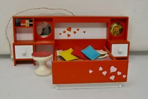 Lundby 1970s retro bedroom suite 3 piece lighted with 3 small pillows