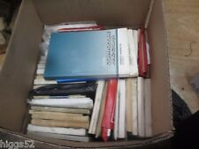 Holden COMMODORE owners manual SERVICE OR HAND BOOK VT VX VZ