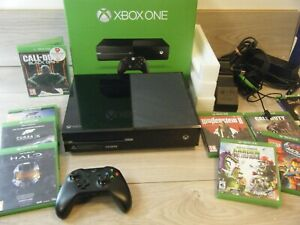 BOXED XBOX ONE 500GB BUNDLE CONSOLE CONTROLLER HEADSET DOCK AND 8 GAMES