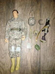 "G I joe 2011 army heavy gunner 12"" complete good condition"