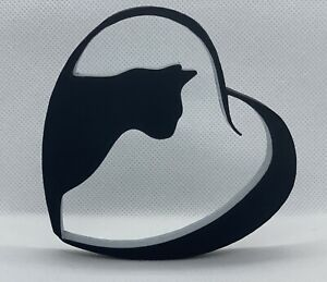 Painted Cat in Heart Shape Home Ornament 10x10x1cm - Various Colours