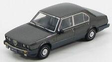 "Alfa Romeo Alfetta 2000 Quadrifoglio Oro ""Grigio Nube"" 1983 (KESS 1:43 / 011)"