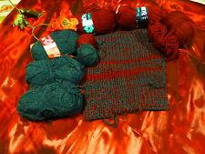 vert ,bordeaux ,270g de laine +aiguilles pour petits vétements poupon