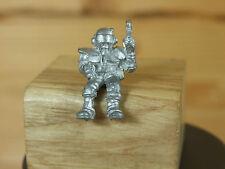Classic Metal Rogue Trader Era sin pintar del controlador de la Guardia Imperial (3093)