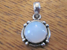 VINTAGE STERLING .925 SILVER WHITE ROUND PEARL TYPE PENDANT FOR NECKLACE