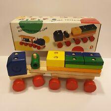 PinToy John Crane Construction Truck Wooden Toy 18 Pieces Sturdy 3+ Excellent