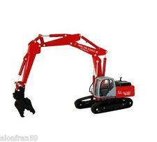 Excavadora New Holland E245B VV.FF. Escala 1:87 - MAQ009