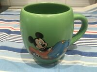 DISNEY STORE MICKEY MOUSE GOOFY DONALD DUCK LARGE BARRELL COFFEE TEA MUG