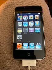 Apple iPod Touch 1st Generation Black (8 GB) Bundle