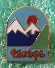 NORGE CLIMBING MOUNTING   PIN BADGE