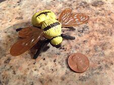 1994 Vintage Safari Ltd Smithsonian Bumble Bee Figure Toy