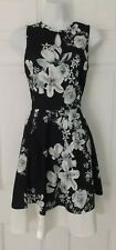 SELECT, UK 12 Black & White Floral Flared Stretch Skater Dress Keyhole Neckline!