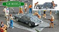 BNIB OO / HO BUSCH 7824 Car Wash Scene - Car + 2 Bikini Cleaning Ladies