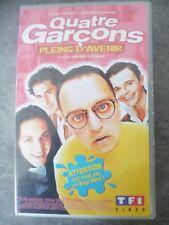 Cassettes VHS: 4 garçons pleins d'avenir