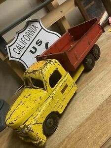 Vintage Structo Toys Truck, Pressed Steel Dump Truck