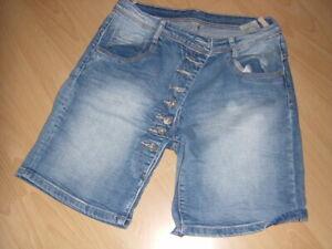 Made in Italy Zukauf Tredy Jeans Bermuda Gr.38 M denim schräg geknöpft wie NEU