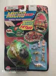 VINTAGE 90'S MICRO ZONE POCKET PLAYSET DINO HUNTERS MIGHTY MAX ES TOYS NOC