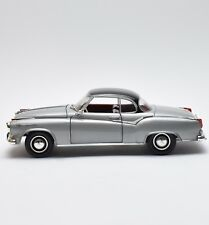 Revell 08989 Borgward Isabella Sportcoupe in silbergrau lackiert, 1:18, X807
