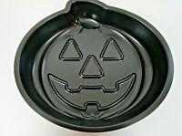 Wilton Pumpkin Cake Pan Halloween Non Stick Mold Party Trick or Treat