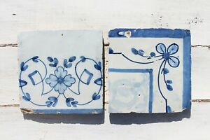 18th Century Antique Set of Two Baroque Tiles depicting Flowers
