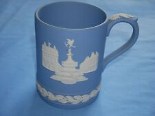 Wedgwood Jasperware Blue Tankard Picadilly Circus 1 side Christmas 1971 * other