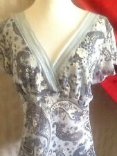 Fashion Bug Misses NWT Sassy Blue Paisley Tunic Size M Retail $32.00
