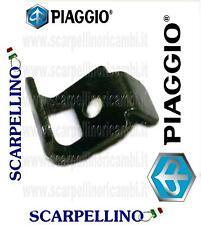 PIASTRINA PER PLASTICHE TELAIO PIAGGIO BEVERLY 250 cc -PLATE- PIAGGIO AP8161182