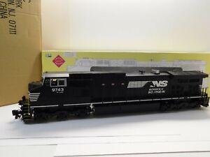 G Scale Aristocraft ART-23006 Norfolk Southern DASH-9 Diesel Locomotive #9743