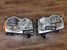 Jeep Grand Cherokee 2004-2007 front Lamp Headlights Pair