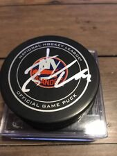 JSA Authenticated John Tavares Signed New York Islanders Official game Puck