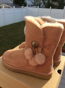 UGG W BAILEY BUTTON PUFF 1097112 W/SND