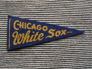 >orig. 1940's-50's CHICAGO WHITE SOX mini  **Vintage Baseball Pennant**