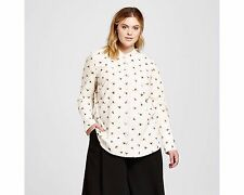 Victoria Beckham for Target.>>Women's Plus Bee Print Button Down Top<<.size  3X