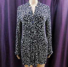 CHICO'S 0 Shirt Long Sleeve Black White Wrinkle Free Button Blouse Vneck XS 4-5