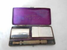 vintage safety razor L'Excursion 1920s french rasoir and case
