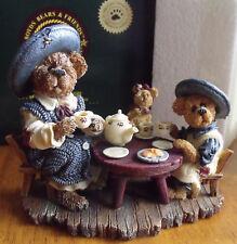 Boyd's Bears Bearstone Catherine Caitlin & Little Scruff Tea for Three Figurine