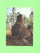 J POSTCARD AFRIQUE EN COULEURS TERMITIERE EN BROUSSE A BUSH TERMITARY AFRICA