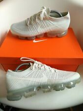 Nike vapormax Men's Trainers Size 10 authentic 100% white flyknit