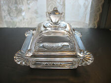 EAPG  BUTTER DISH/CHEESE DOME Honey PRESSED glass Half daisy design Urn finial